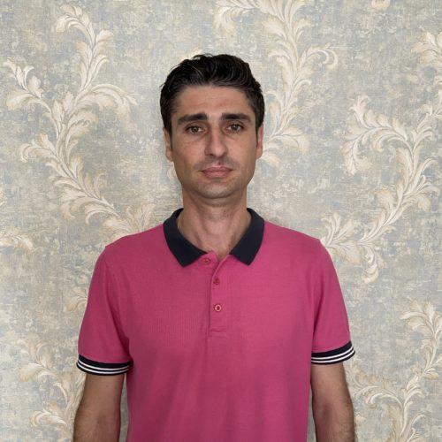 Андроник Григорян Менеджер по Продажам